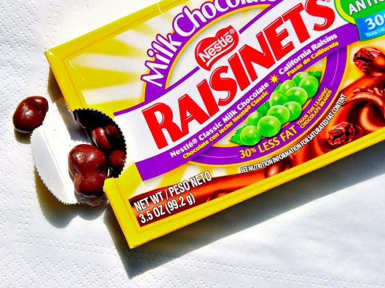 healthy halloween candy raisinets