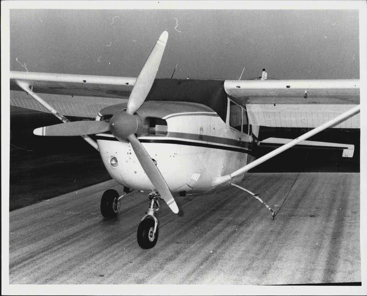 A 1984 Cessna plane